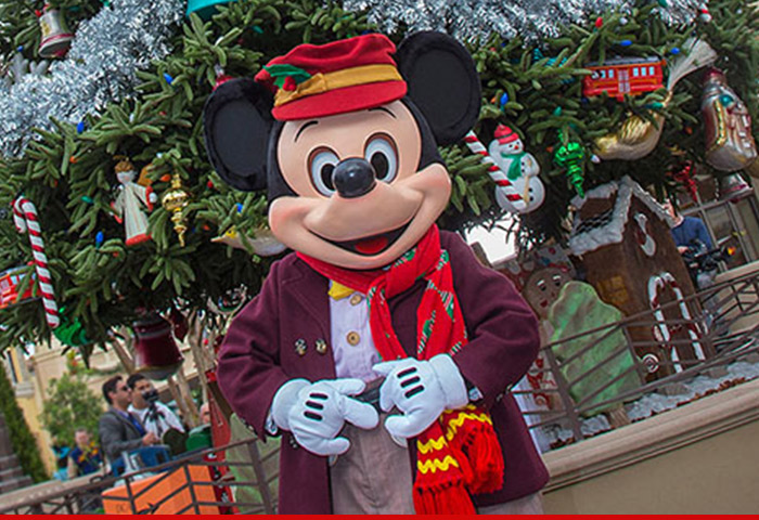 1222-sub-dca-mickey-mouse-disney-01