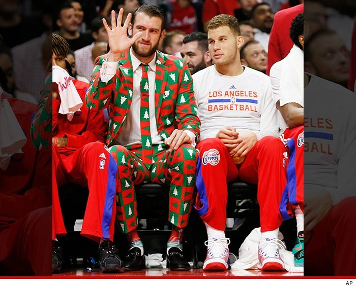 1226-spencer-hawes-christmas-suit-AP-01