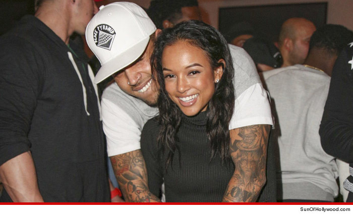 1227-SUB-chris-brown-and-karrueche-SUNOFHOLLYWOOD_01