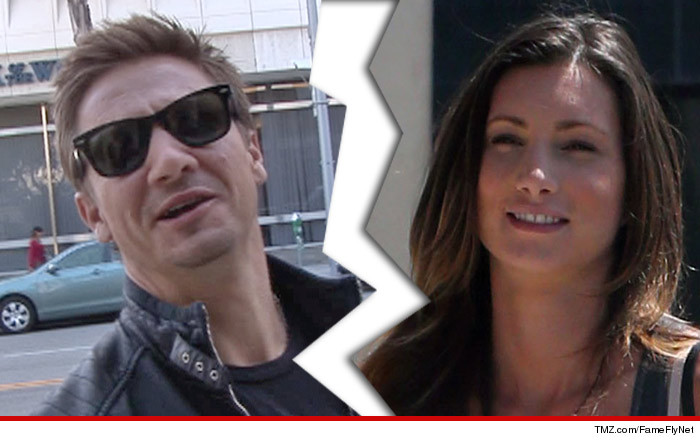 1229-renner-divorce-split-tmz-ffn-01