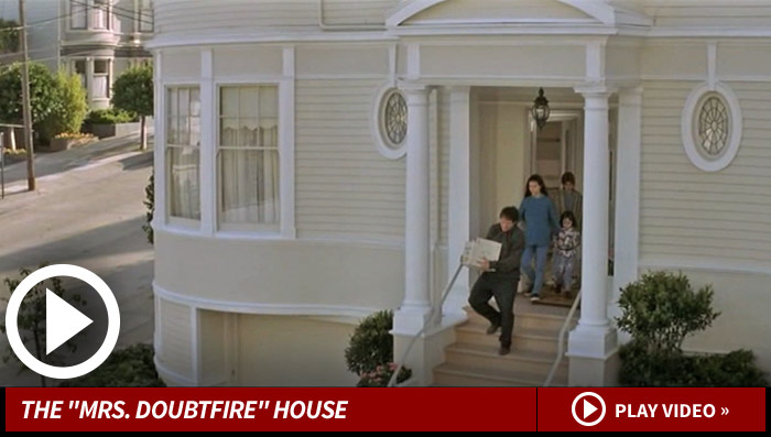 mrs doubtfire house hit by arsonist ealive news e. Black Bedroom Furniture Sets. Home Design Ideas