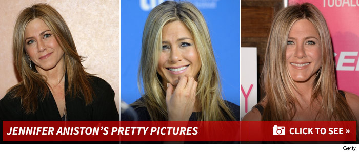 0112_jennifer_aniston_pretty_footer