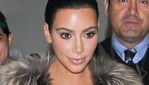 Kim Kardashian Wore THIS To The Airport?!