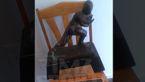 O.J. Simpson's Heisman -- Livin' On the Streets for Years