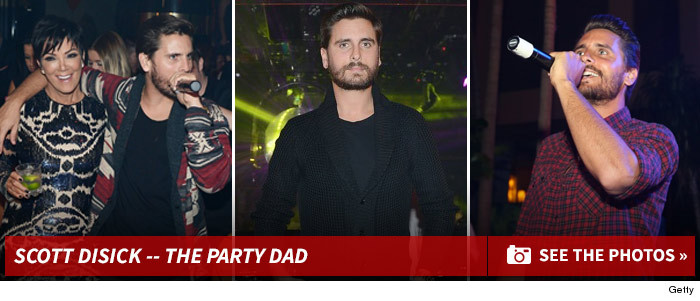 0116_scott_disick_party_dad_footer