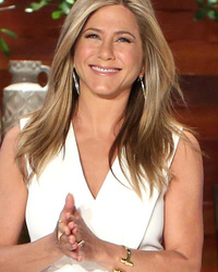 Jennifer Aniston Talks Oscar Snub, Gushes About Kate Hudson's Butt