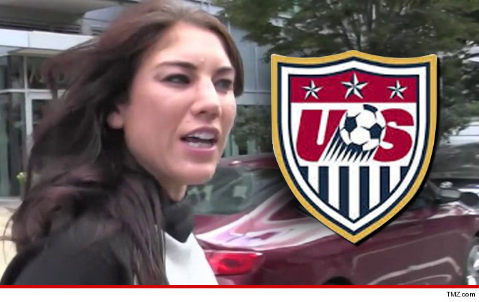 0121_hope_solo_usa_soccer_TMZ