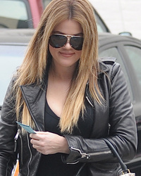 Khloe Kardashian Shows Off Lighter Locks & Very Plump Lips