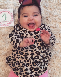 Snooki Celebrates Baby Gia's 4-Month Birthday With One Super Cute Photo