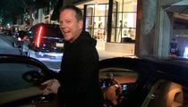 Kiefer Sutherland -- BACK OFF PETE CARROLL ... 'He's an Amazing Coach'