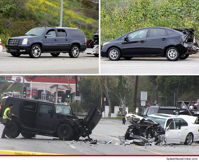 0209_cars_in_jenner_accident_splash_tmz
