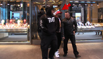 Floyd Mayweather -- Drops $685,000 ... In NYC Jewelry Spree