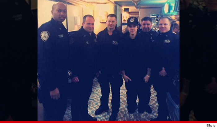 0214-justin-bieber-nypd-shots-02
