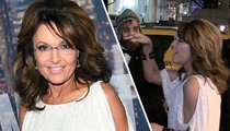 Sarah Palin -- Nailin' a Heckler at SNL Party (TMZ TV)