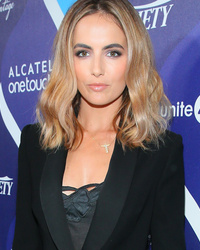 Camilla Belle Debuts Super Blonde Locks -- See Her New Look!