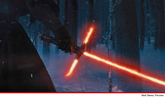 0220-starwars-cross-saber-disney-01