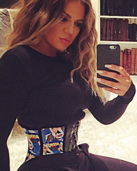 Khloe Kardashian Flaunts Her Ridiculously Tiny Waist -- See The Pic!