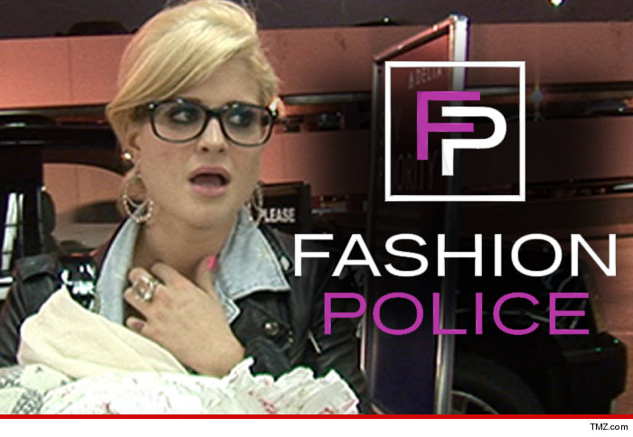 0227_kelly_osbourne_fashion_police_TMZ