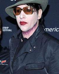 See Marilyn Manson & Lookalike Father ... In Full Makeup!