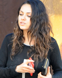 Post-Baby Mila Kunis Looks Gorgeous with Her Natural Curls