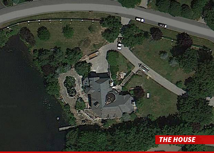 0304-SUB-nick-cannon-house-google-maps-02