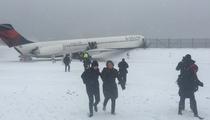 LaGuardia Plane Skids -- NY Giants Player On Flight ... 'I Shoulda Stayed Home'