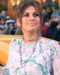 Eva Mendes Talks Baby Esmeralda, Reveals How She Keeps Things Fresh With Ryan Gosling!
