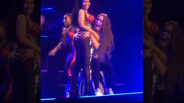 Nicki minaj ass grabbed on stage