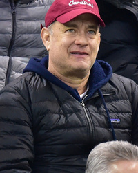 Tom Hanks & Sarah Jessica Parker Have Fun At Hockey Game With Their Kids!
