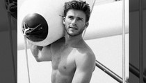 14 Sexy Shirtless Scott Eastwood Shots to Lasso Your #MCM Love