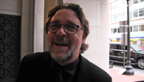 Russell Crowe -- You've Been Struck By ... My Smooth Michael Jackson Impression