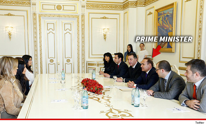 0409-kardashians-armenian-prime-minister-arrow-twitter-03
