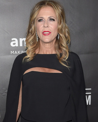 Rita Wilson Gets Double Mastectomy After Breast Cancer Diagnosis
