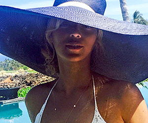 Beyonce Shows Off Insanely Hot Bod in Skimpy Crochet Swimsuit