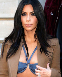 Kim Kardashian Flaunts Crazy Cleavage Before Going Makeup-Free -- See the Transformation!