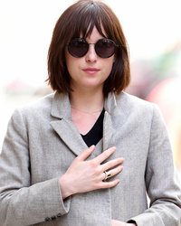 Dakota Johnson Chops Her Hair, Debuts Lob!