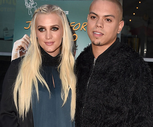 "Ashlee Simpson Puts Baby Bump on Display at ""Just Before I Go"" Premiere"