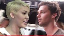 Miley Cyrus, Patrick Schwarzenegger ... Adios, Amigo