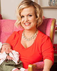 """Little Women: LA"" Star Terra Jole Does First Photo Shoot with Baby Penelope"
