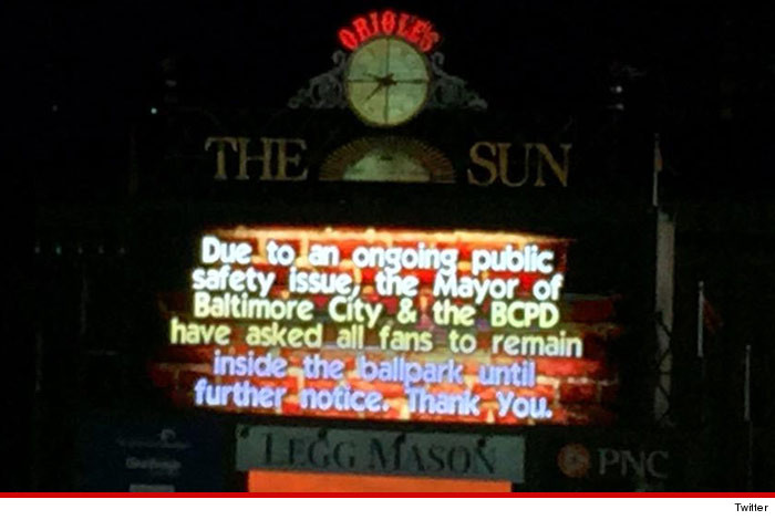 0426-baltimore-orioles-jumbotron-warning-TWITTER-01