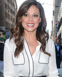 Vanessa Lachey Shows Off Super Slim Post-Baby Bod