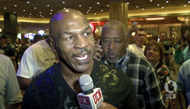 Mike Tyson -- Blasts Mayweather ... He's a 'Scared, Small Man'
