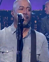 "Hootie & The Blowfish Bring Us Back To The '90s With Epic ""The Late Show"" Reunion!"