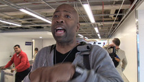 Kenny Smith -- Shaq's Limpin' Around ... After Titanic Tumble