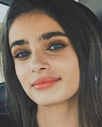 Taylor Hill News Pictures And Videos Tmz Com