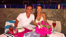 Rickie Fowler -- Takes Hot GF to Bahamas ... Battle of the V-Necks