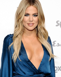 Khloe Kardashian Flaunts Major Skin at Upfronts, Goes Topless In Kylie Jenner Selfie!