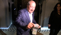 Bob Arum to Photog -- 'Sorry' I Said Bet On Manny ... Here's Your $100 Back