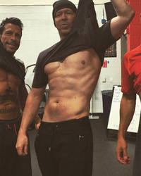 New Kids On The Block Stars Show Off Their Ripped Bods -- See The Sexy Pic!