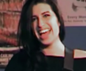 See The First Full Trailer For Amy Winehouse's New Documentary